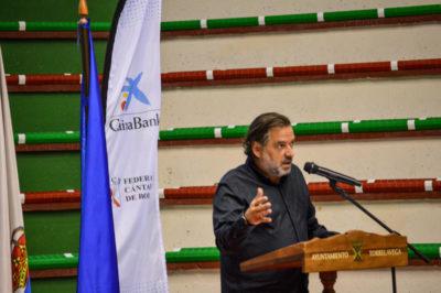 Gerardo Cueto, maestro de ceremonias